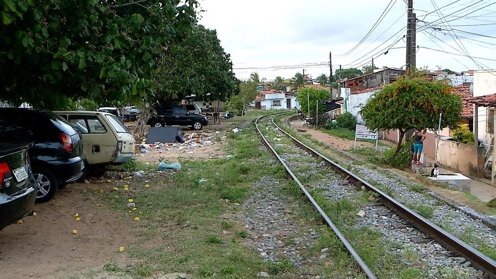 Segunda vítima foi morta na Rua Presidente Mascarenhas, no Alecrim, Zona Leste de Natal (Foto: Iran Evangelista/Reprodução/Inter TV Cabugi)