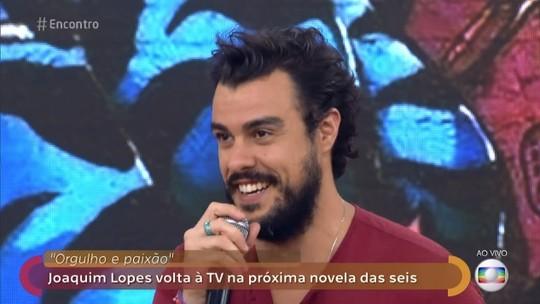 Joaquim Lopes fala sobre seu personagem na próxima novela das seis: 'É um vilão, um cara esquisito'