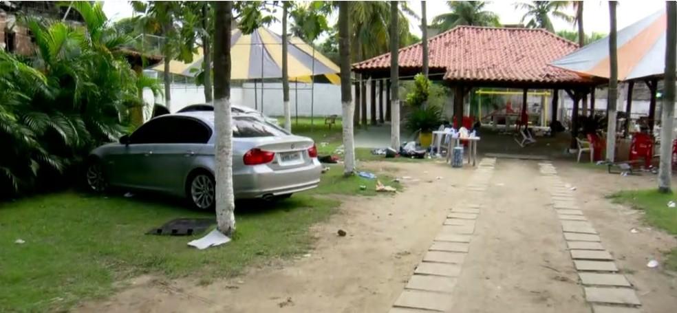 Sítio Três Irmãos, onde suspeitos de fazer parte de milícia foram presos (Foto: Reprodução/TV Globo)