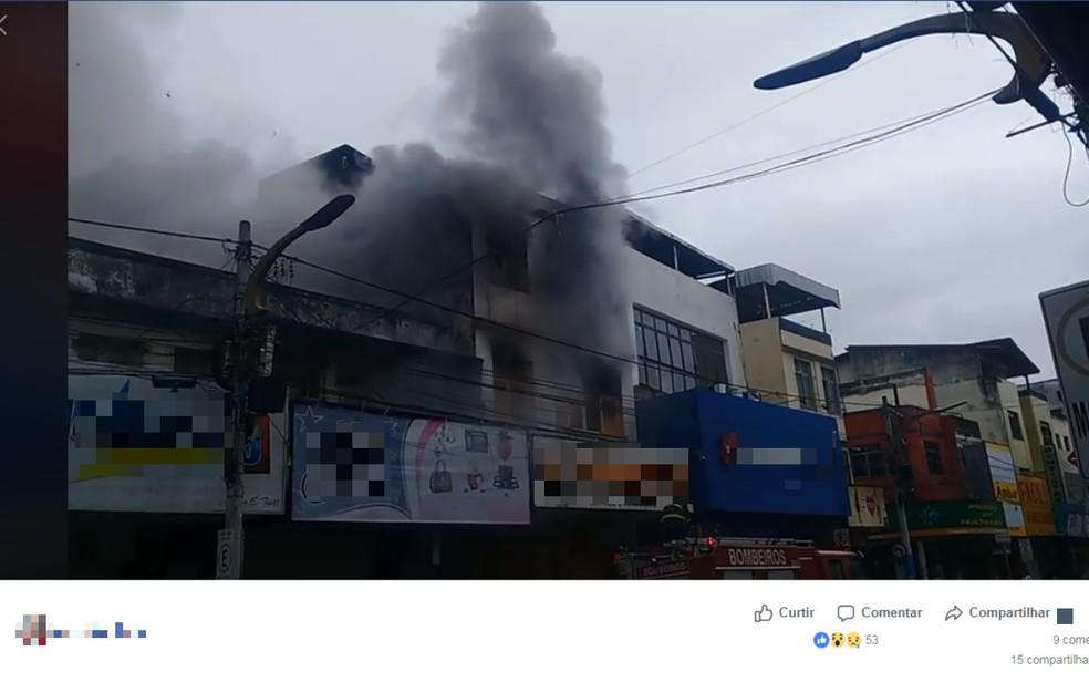 362191da7 ... Incêndio destrói depósito de material de construção e loja de artigos  infantis no centro de Itabuna