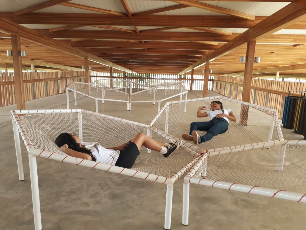 Área de descanso na escola de Formoso do Araguaia — Foto: Jesana de Jesus/G1