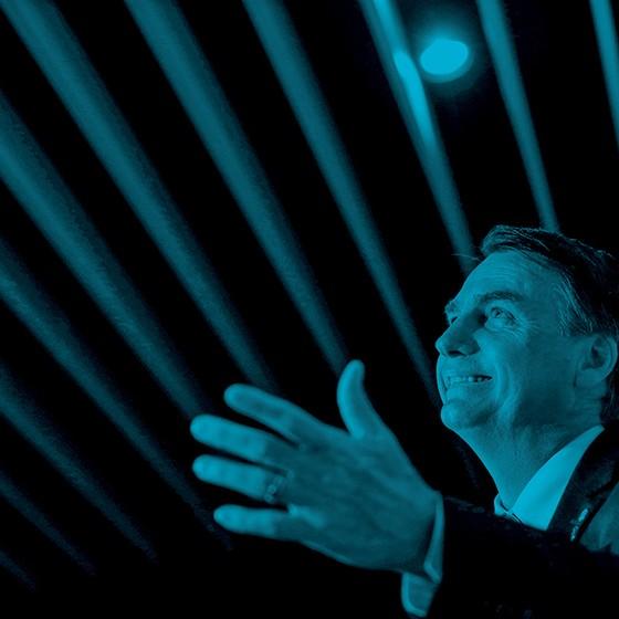"""LINHA DURA Vídeos, depoimentos e posts contra """"bandidagem e pessoal dos direitos humanos"""" atraem seguidores para Jair Bolsonaro (Foto: Leonardo Benassatto/Reuters)"""