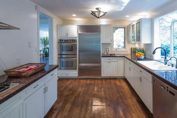 A antiga casa do ex-casal Anna Faris e Chris Pratt, vendida por US$ 2,09 milhões (Foto: Divulgação)