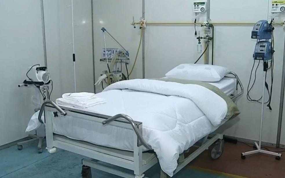 Hospital de campanha terá uma semi-UTI com respiradores para estabilizar pacientes que tiverem crises respiratórias — Foto: TV TEM/Reprodução
