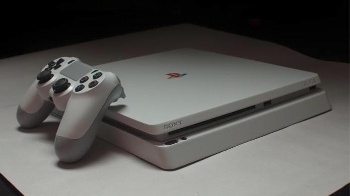 PlayStation 4 Slim ganha edição retrô com visual de PSOne