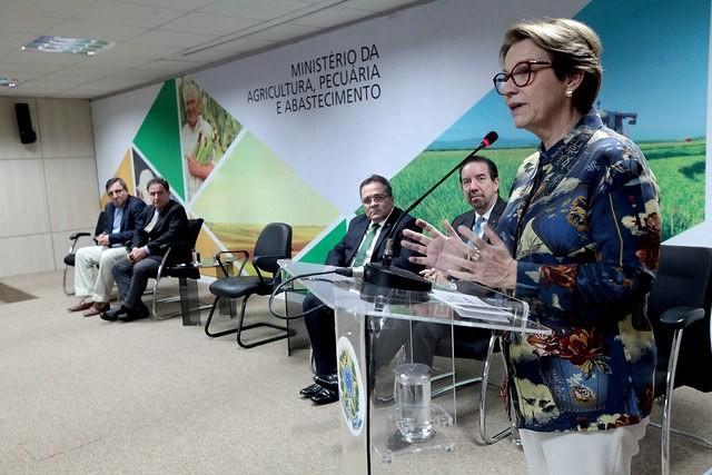 politica-tereza (Foto: Ministério da Agrocultura)