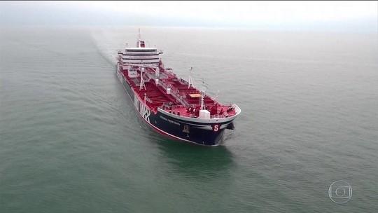 Reino Unido alerta Irã após apreensão de navio e fala em 'sérias consequências'