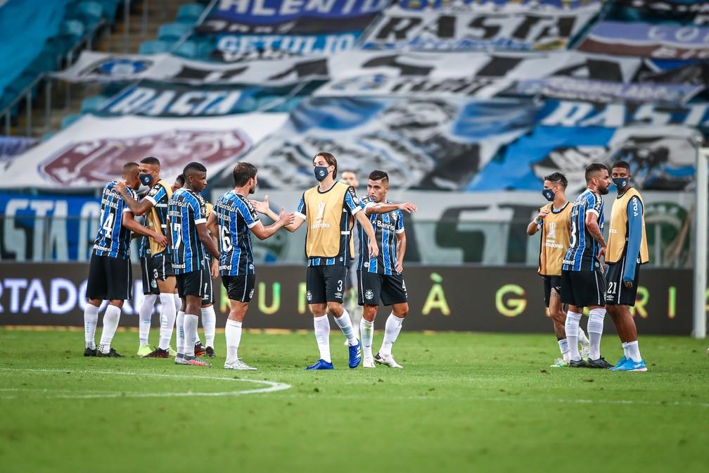 Jogadores do Grêmio após vitória na Libertadores — Foto: Lucas Uebel/Grêmio