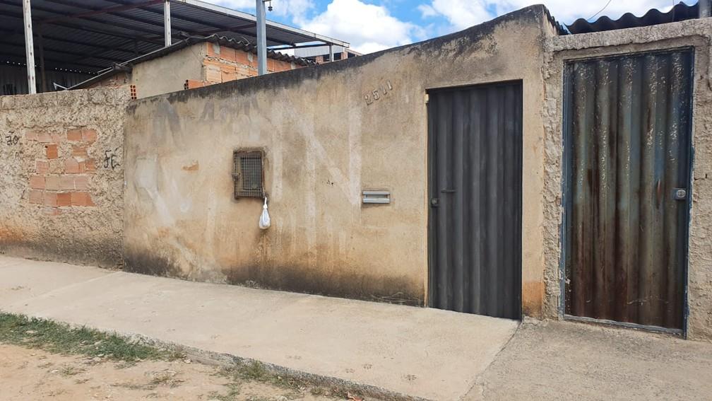Casa onde corpo de marido esquartejado foi encontrado. — Foto: Camila Falabela / TV Globo