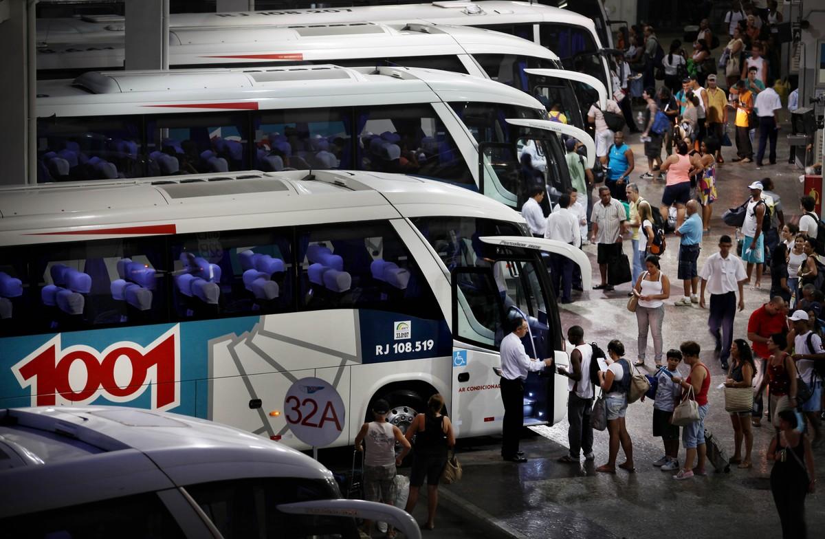 Rodoviárias da Região dos Lagos vão receber pelo menos 170 ônibus extras no feriado de Finados
