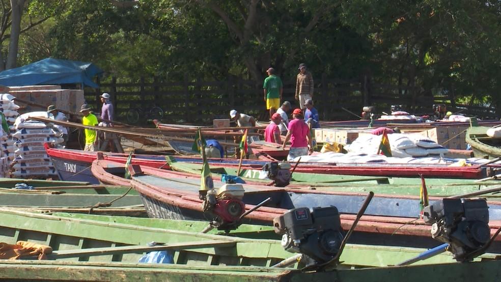 Produtos do Brasil são exportados para Bolívia pelo Rio Mamoré  (Foto: Rede Amazônica / reprodução )