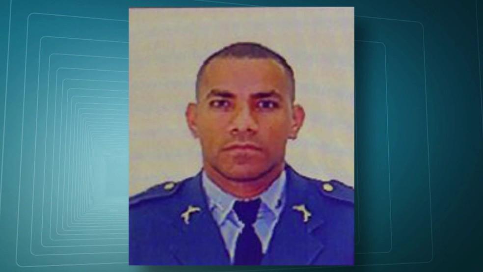 PM Vaine Luiz dos Santos Ferreira tinha 33 anos (Foto: Reprodução/TV Globo)