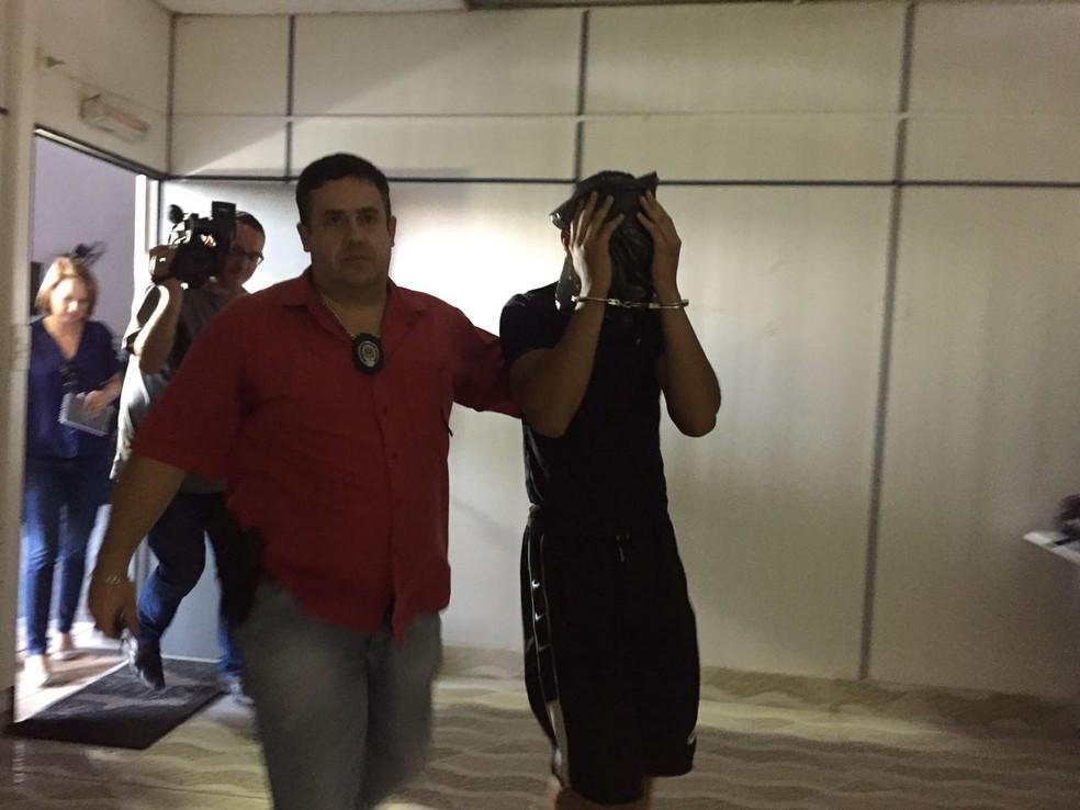 Mateus foi preso em São Paulo pela Rota e prestou depoimento em São José — Foto: Camilla Motta/G1