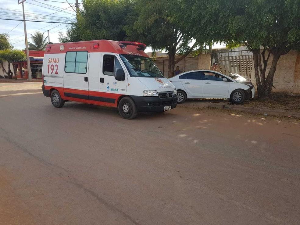 Unidade do Samu foi encaminhada ao local (Foto: Reprodução/Blog Braga)