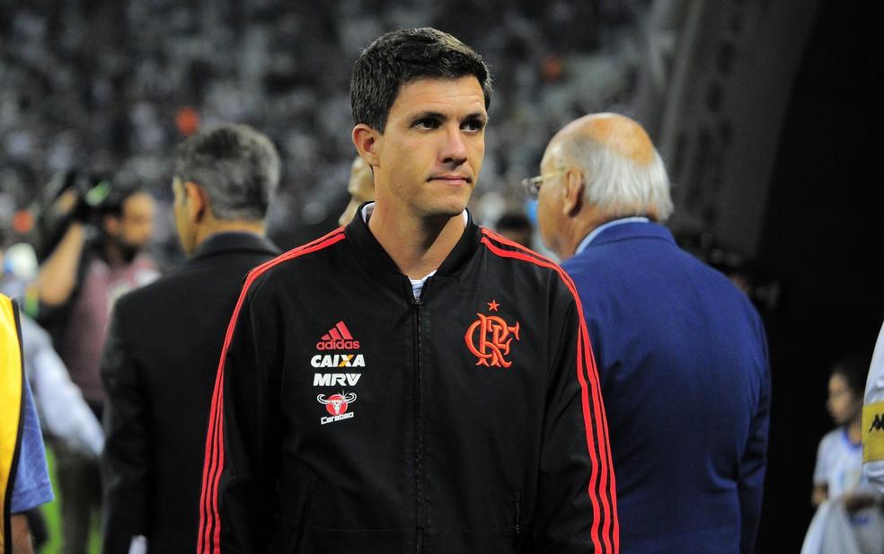 Maurício Barbieri em partida com o Corinthians, que decretou sua demissão — Foto: Marcos Ribolli/GloboEsporte.com