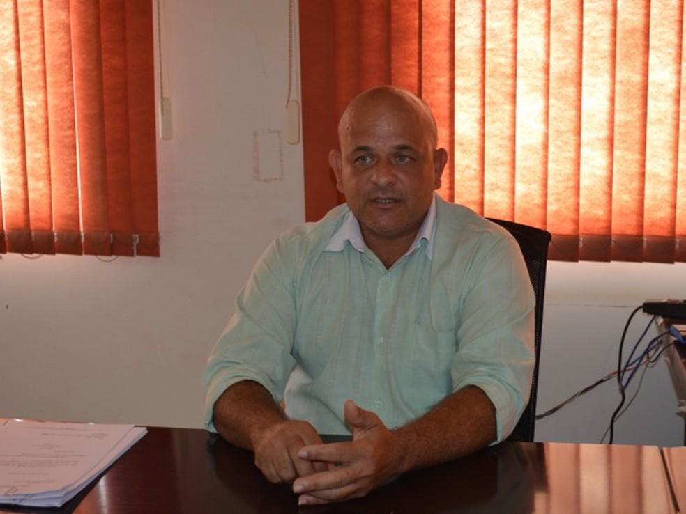 Ex-prefeito de Cujubim nomeou apresentador de TV para cargo público como funcionário fantasma (Foto: Eliete Marques/G1)
