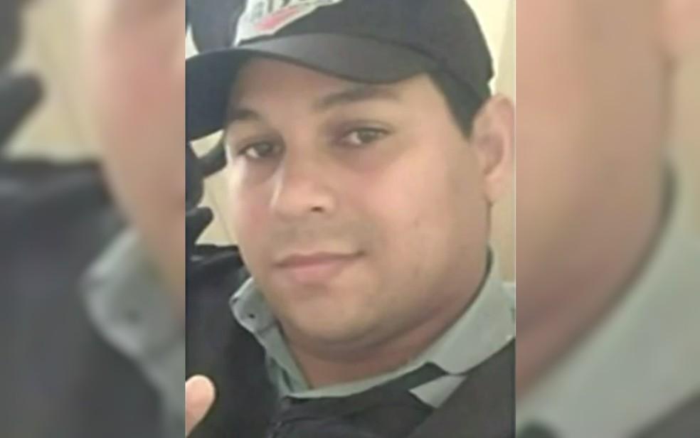 Wallas Gomes de Lima é acusado de matar o porteiro Guilherme Alves Pereira — Foto: Reprodução/ TV Anhanguera
