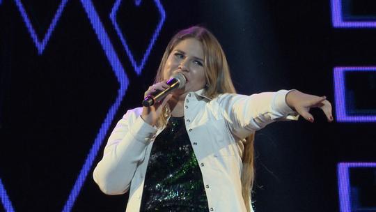 Panela de barro 'entrevista' cantora Marília Mendonça. Será que ela conhece bem o ES?