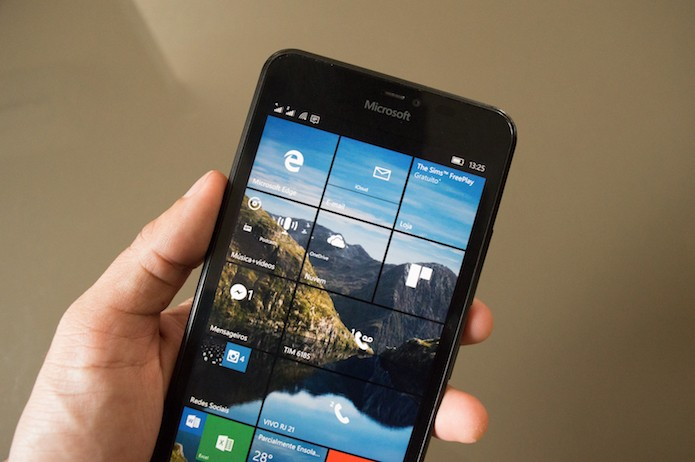 Como usar o Windows 10 Mobile como alarme (Foto: Marvin Costa/TechTudo)