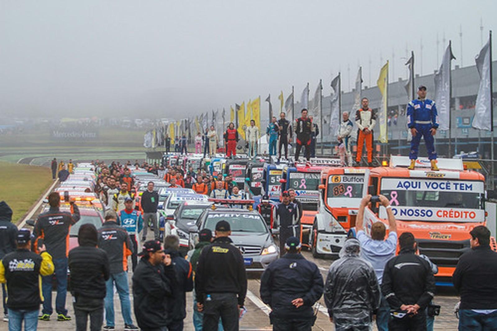 Família Flesch vai assistir final da Copa Truck, no autódromo internacional de Interlagos, em SP. — Foto: Vanderley Soares
