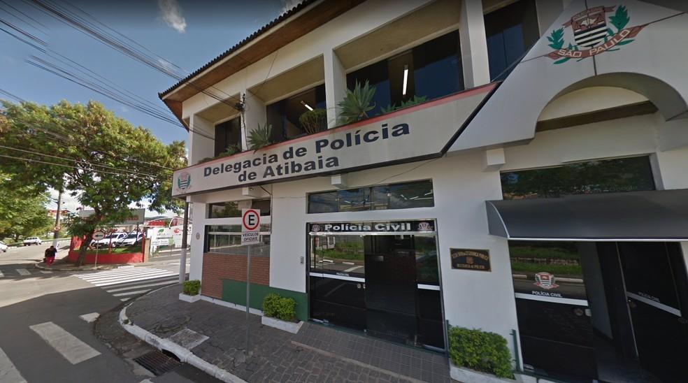 Caso foi registrado na Delegacia de Atibaia — Foto: Reprodução/ Google Maps