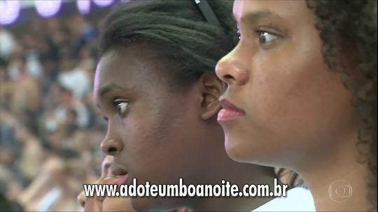 A primeira vez de crianças e adolescentes que esperam por adoção em jogo do Corinthians