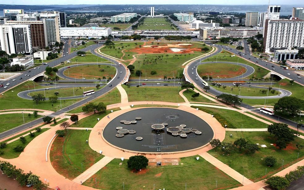 Esplanada dos Ministérios vista de cima da Torre de TV, em Brasília (Foto: Toninho Tavares/Agência Brasília/Divulgação)