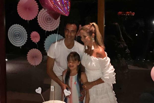 Ticiane Pinheiro e César Tralli descobrem que terão uma menina (Foto: Reprodução/Instagram)