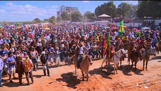 75ª Missa do Vaqueiro homenageia Carlos Augusto e Osvaldo Coelho