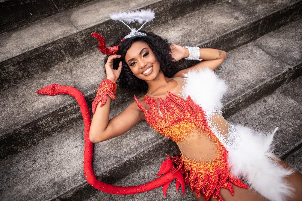 Pâmella Gomes, rainha de bateria da Tom Maior — Foto: Fábio Tito/G1