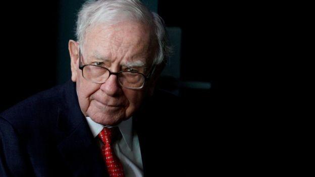 'Não acredito em impor minhas opiniões políticas nas atividades de nossos negócios', já declarou Warren Buffett (Foto: Reuters via BBC)