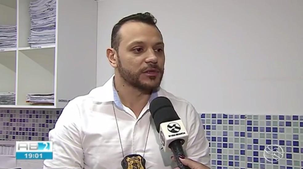 Delegado Anderson Liberato foi baleado enquanto cumpria um mandado de prisão — Foto: TV Asa Branca/Reprodução