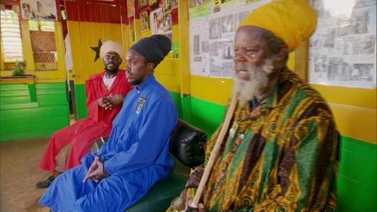 Comunidade Rastafári mais fechada da Jamaica não segue leis do país