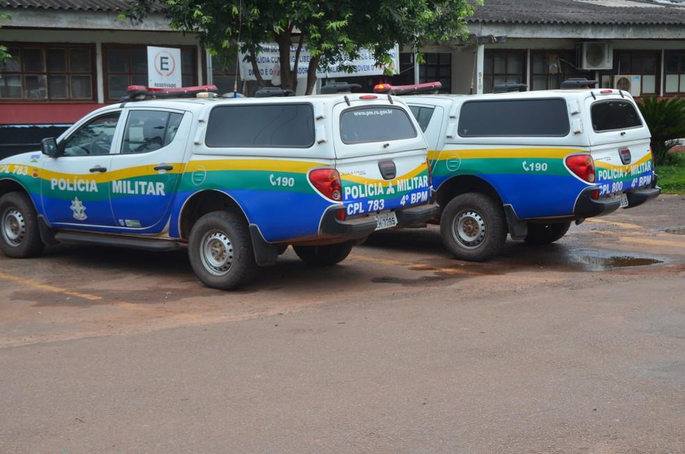 -  Suspeitos foram levados à Delegacia da Polícia Civil de Cacoal  Foto: Magda Oliveira/G1