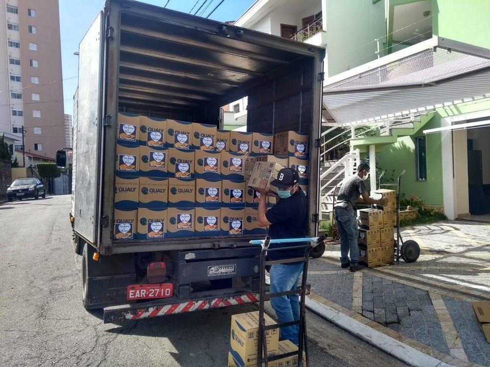 Doação do volante foi destinada à população carente de três cidades do interior de São Paulo — Foto: Divulgação