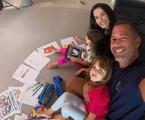 Malvino Salvador com a mulher, Kyra Gracie, e as filhas | Arquivo pessoal
