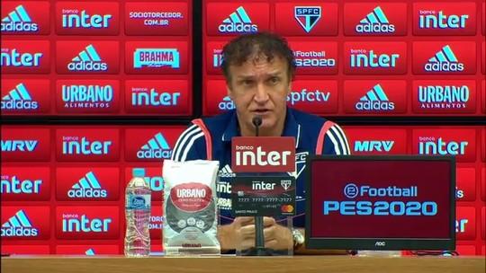 """Cuca admite """"jogo complicado"""" e diz que o São Paulo precisa """"comemorar muito a vitória"""""""