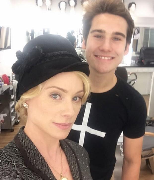 Giselle Prattes com o filho Nicolas  (Foto: Reprodução/Instagram)