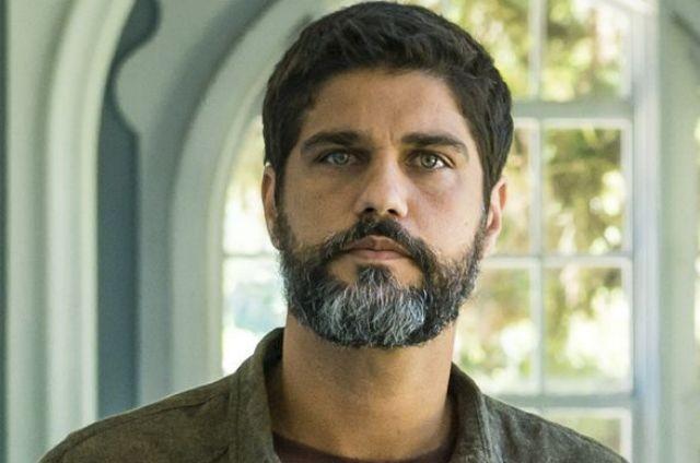 Bruno Cabrerizo, o Hussein de 'Órfãos da terra' (Foto: TV Globo)