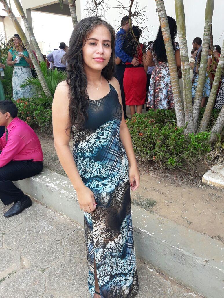 Estudante de 14 anos sai para pagar conta para a mãe e some em Rio Branco