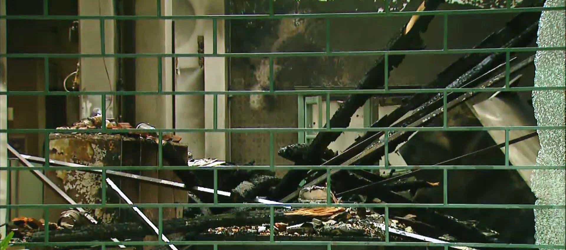 Defesa Civil suspeita que fogo em prédio de Mococa começou em parte elétrica e analisa estrutura