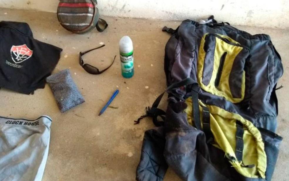 Objetos pessois também foram encontrados no local (Foto: Divulgação/Polícia Civil)