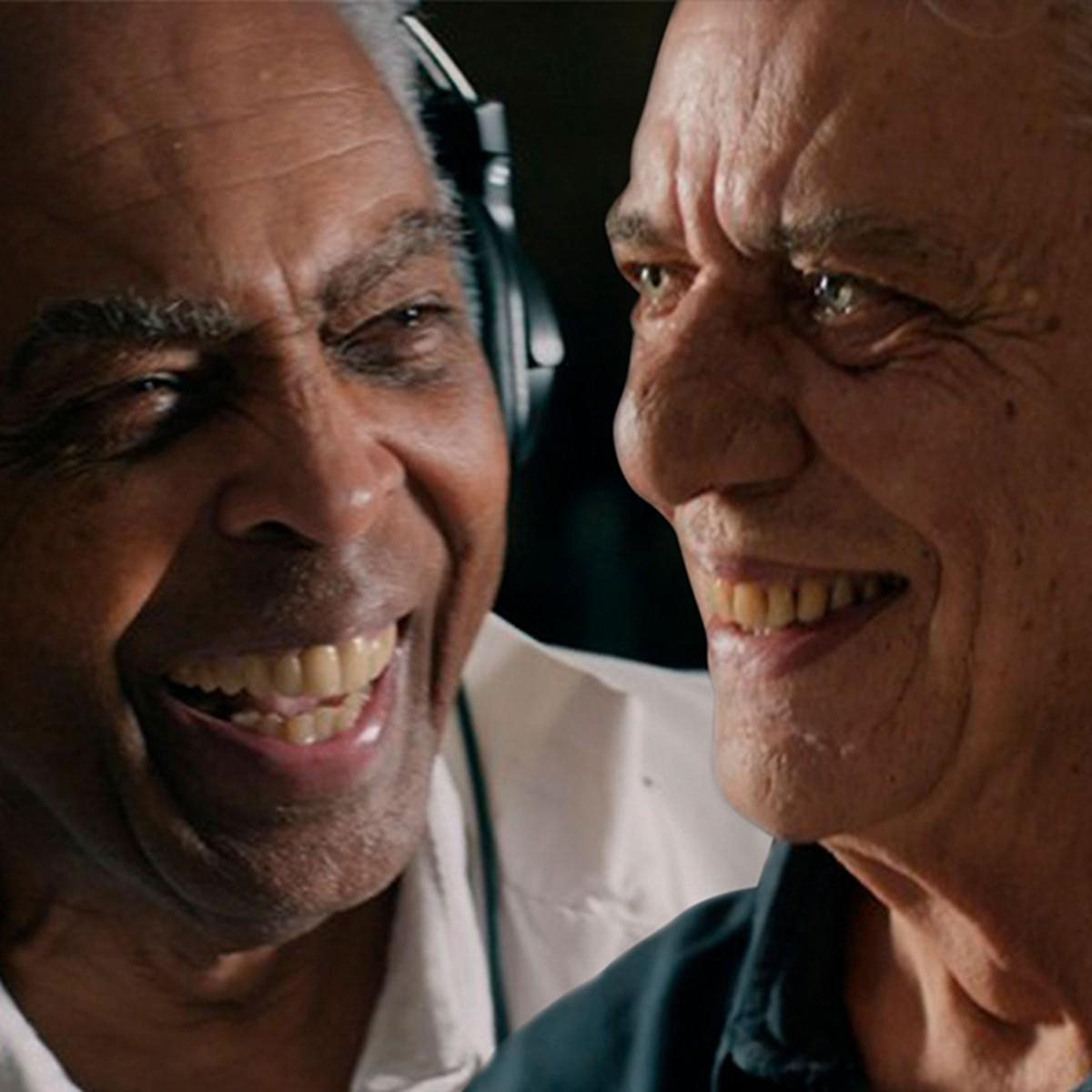Gilberto Gil e Chico Buarque são ases no 'jogo de verdades e mentiras' que denunciam no single 'Sob pressão' | Blog do Mauro Ferreira