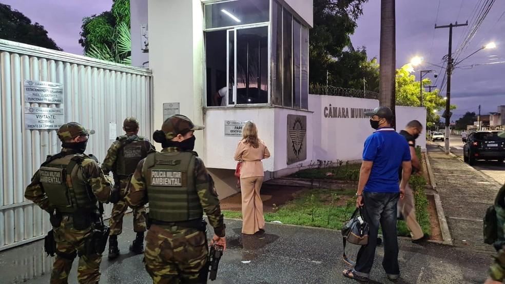 Operação do Ministério Público prendeu cinco pessoas e cumpriu mandados de busca na Câmara de Parnamirim. — Foto: MP/Divulgação