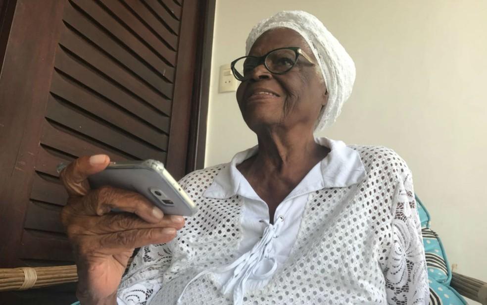 Mãe Stella lançou aplicativo e canal no YouTube — Foto: Alan Tiago Alves