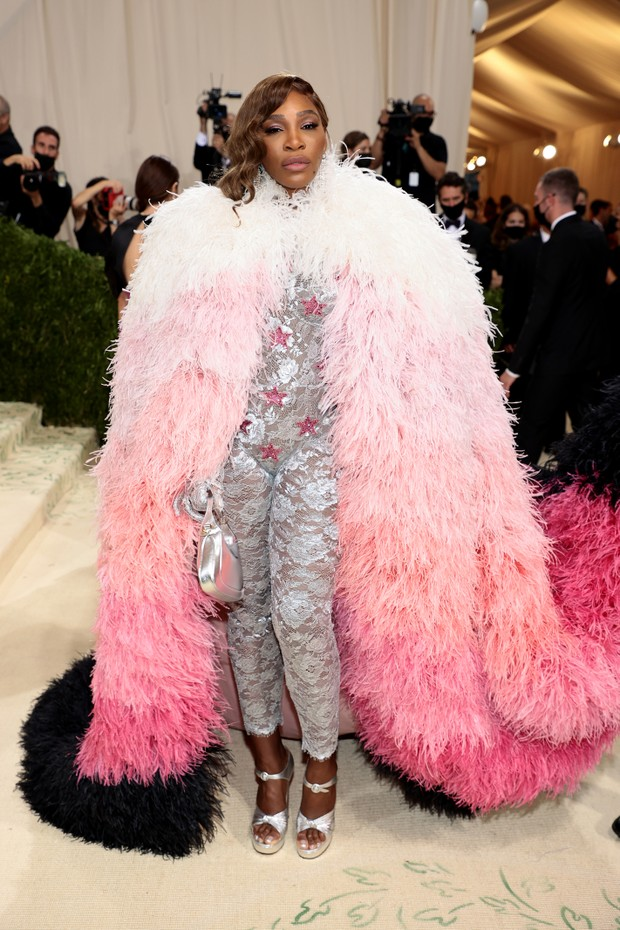 NEW YORK, NEW YORK - SEPTEMBER 13: Serena Williams attends The 2021 Met Gala Celebrating In America: A Lexicon Of Fashion at Metropolitan Museum of Art on September 13, 2021 in New York City. (Photo by Dimitrios Kambouris/Getty Images for The Met Museum/V (Foto: Getty Images for The Met Museum/)