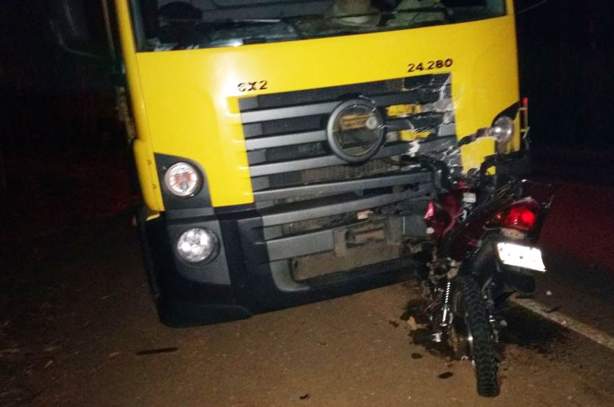 Motociclista morre ao bater de frente com caminhão em rodovia entre Ervália e Muriaé