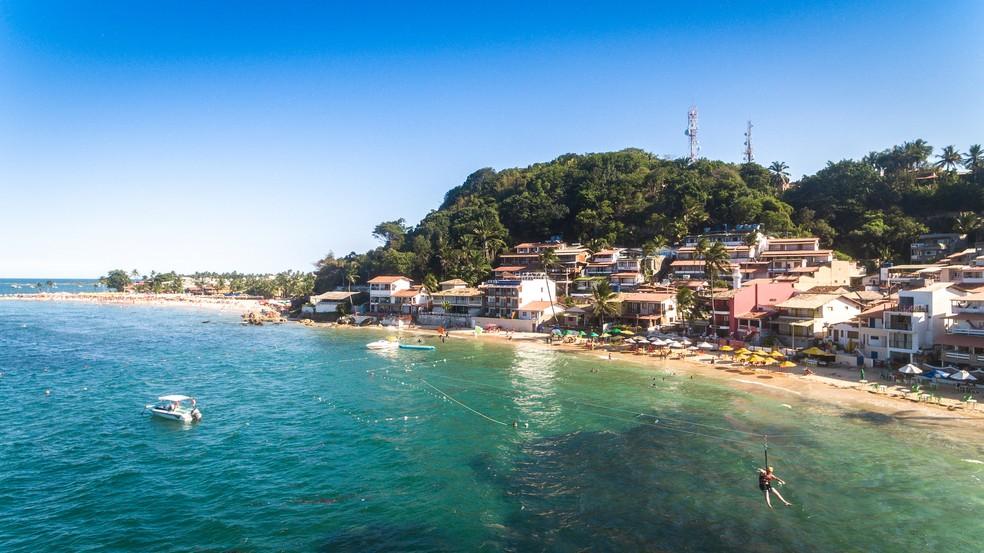 Turistas podem se aventurar em tirolesa com 57 metros de altura e outros 347 de comprimento (Foto: Márcio Filho/MTUR)