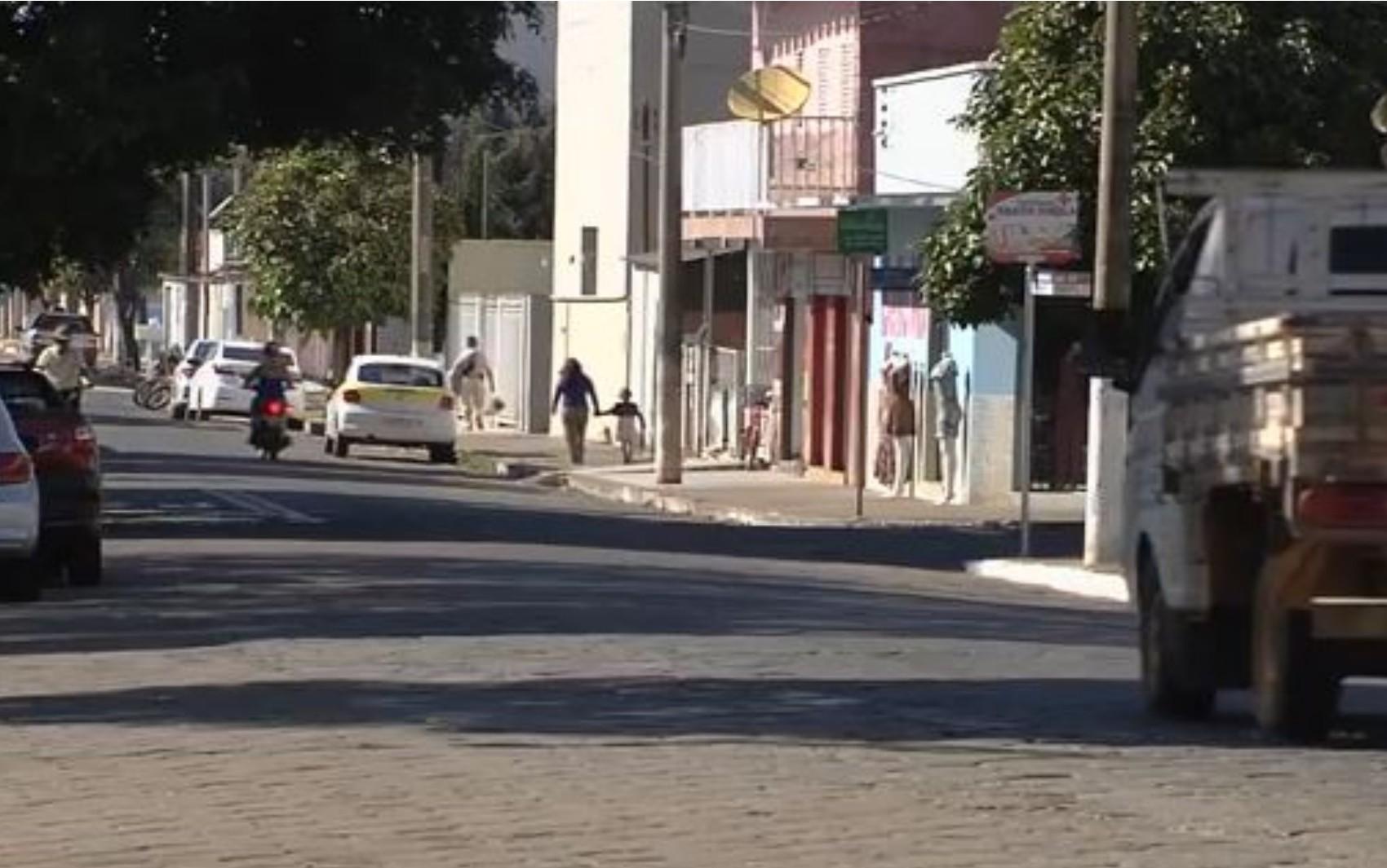 Prefeitura de Itapuranga está com inscrições abertas para concurso com mais de 70 vagas e salários de até R$ 7 mil