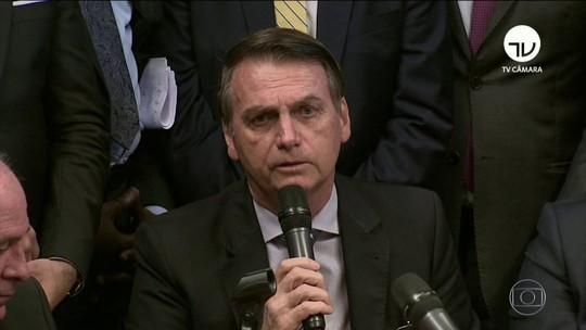 Bolsonaro pede 'celeridade' ao entregar projeto ao Congresso